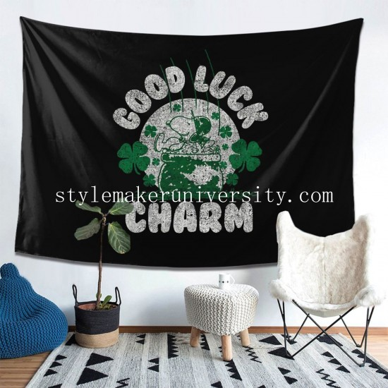 Tapestry Peanuts St Patrick'S Snoopy Clover Charm Hoodie game room Decor Wall Hanging Tapestry For Bedroom Tapestries 80*60 Inch(pp20210327)